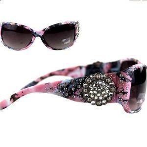 Montana West Bling Camo sunglasses